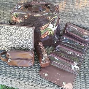 Liz Claiborne 5 Piece Travel Set EUC So Stylish
